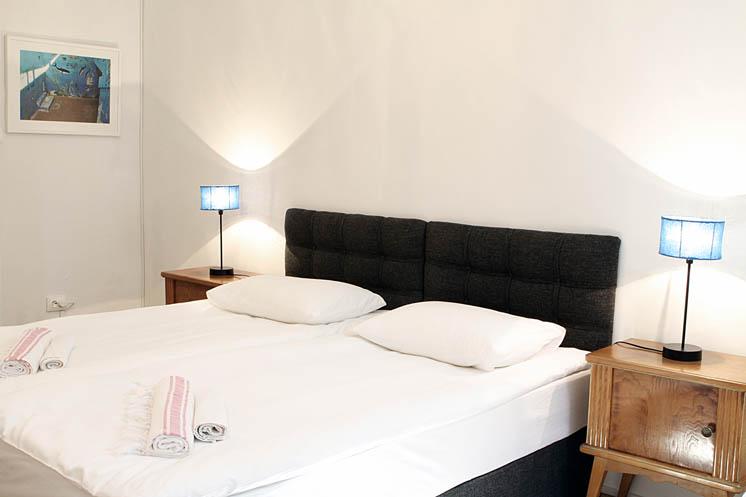 Living Istanbul-Koca Aga- Schlafzimmer Kingsize Bed 2