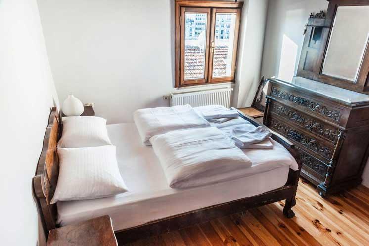 Living-Istanbul-Sahkulu-grosses-Schlafzimmer-2