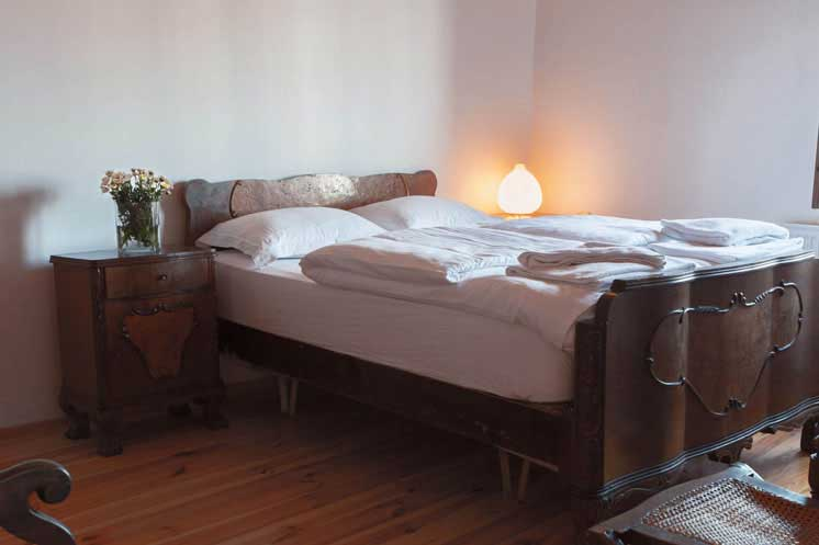 Living-Istanbul-Sahkulu-grosses-Schlafzimmer