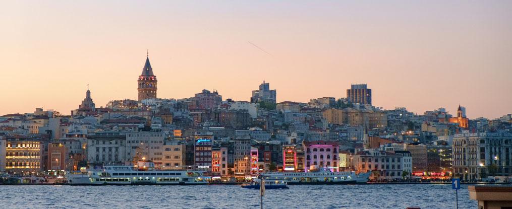 Istanbul-skyline-1015-415