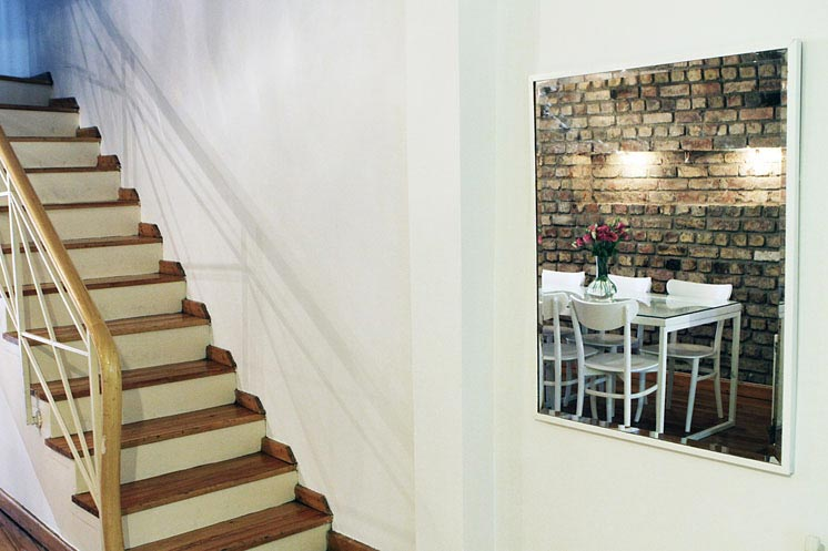 Living-Istanbul-Ince-Kas-Haus-Treppe